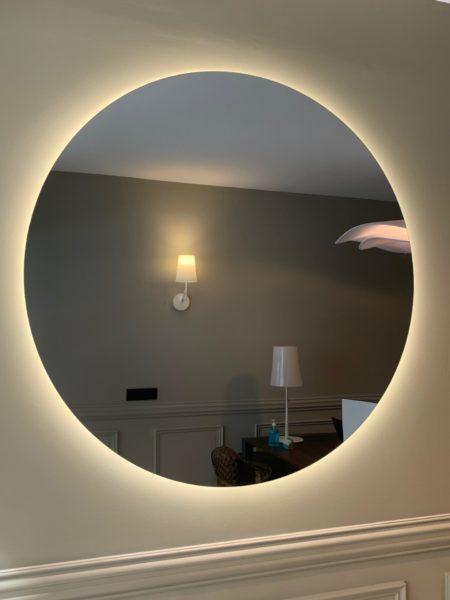 Miroir rétroéclairé